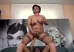 Hot babe fisting a naughty mature mom