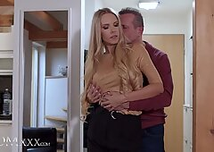 Big tits milf Florane Russell lets husband have creampie treat