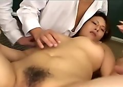 Kinu busty gets frigging while sucking other penis