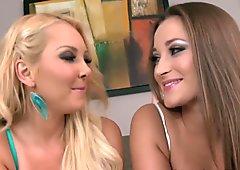 Dreamy lesbians goddesses eating pussy