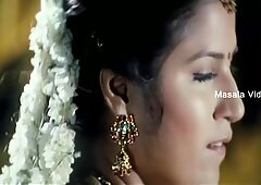 Shruthi mahotras figa ombelico in saree anca bassa