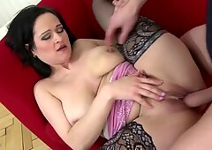 Mature sex bomb mother fucks young lover
