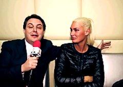 Brigitta B. (ex Brigitta Bulgari) simulates a blowjob for Andrea Dipr