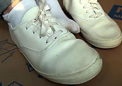 MissBrookexoxo nursing sneakers