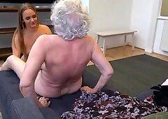 堕落奶奶奶奶同性爱与年轻女孩