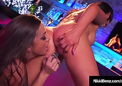 Big Titty Lovers Nikki Benz &amp_ Abigail Mac Finger Fuck!