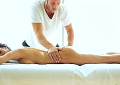 Seductive Chloe Amour loves her massage extras